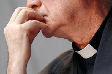 Évtizedeken át molesztáltak diákokat két katolikus iskolában